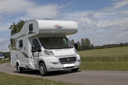 Hire a motorhome in Trier from private owners| Carado Family Molnar