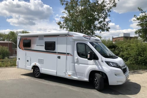 Hire a motorhome in Dortmund from private owners  Weinsberg Bob