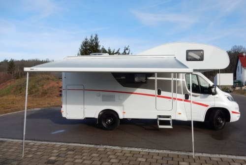 Hire a motorhome in Büchenbach from private owners| Sunlight Sunny New