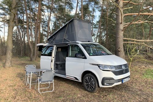 Hire a motorhome in Werder from private owners  VW HotelCalifornia