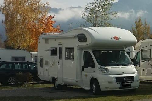 Hire a motorhome in Ebersbach-Neugersdorf from private owners| Fiat Ducato 3.0 Liter Emma