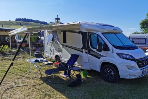 Hire a motorhome in Düren from private owners| Knaus Fred Fischer