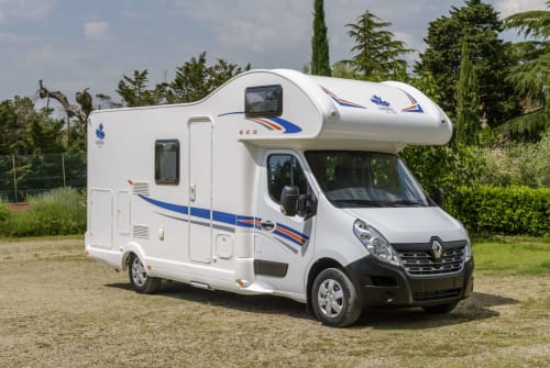 Hire a motorhome in Rendsburg from private owners| Ahorn 2horn
