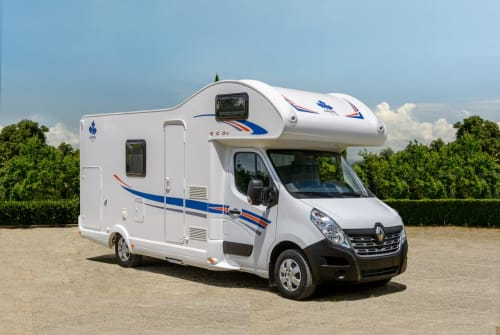 Hire a motorhome in Rendsburg from private owners| Ahorn 3horn