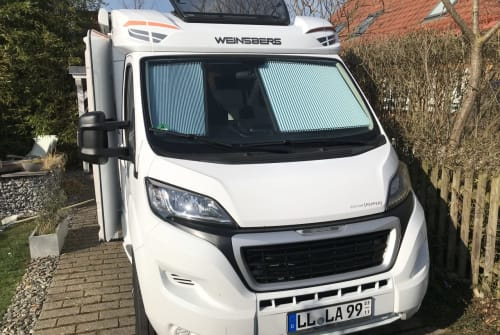 Hire a motorhome in Landsberg am Lech from private owners| Weinsberg Karl