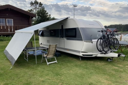 Hire a motorhome in Neumarkt in der Oberpfalz from private owners| Hobby  Luxus Camper