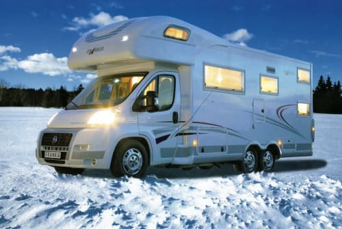 Hire a motorhome in Wrestedt from private owners| Frankia  Charlotte