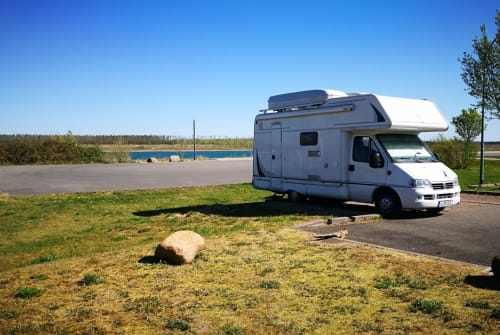 Hire a motorhome in Leipzig from private owners| Tec auf Diat Ducato Basis  Surf/Dog/Kids