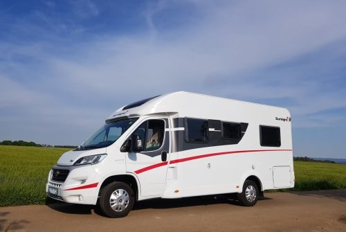 Hire a motorhome in Abenberg from private owners| Sunlight Oskar on tour