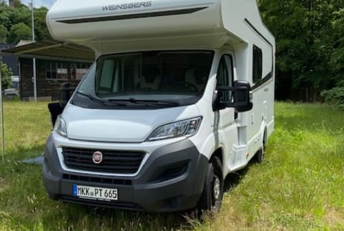 Hire a motorhome in Bad Soden-Salmünster from private owners  Weinsberg Paula