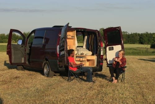 Hire a motorhome in Berlin from private owners  Mercedes Frida