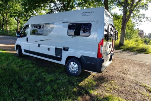 Hire a motorhome in Norderstedt from private owners  Karmann  Weiße Perle