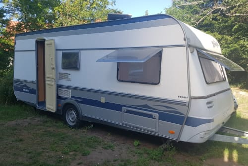 Hire a motorhome in Kleinsendelbach from private owners  Fendt Schlurfy