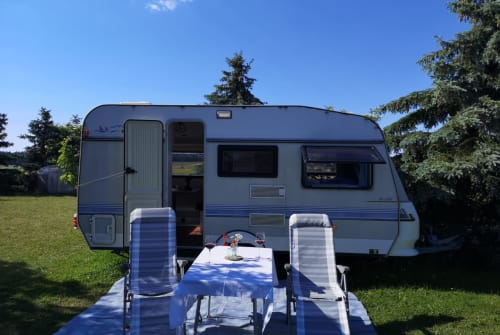 Hire a motorhome in Hilpoltstein from private owners| Hobby Rudi