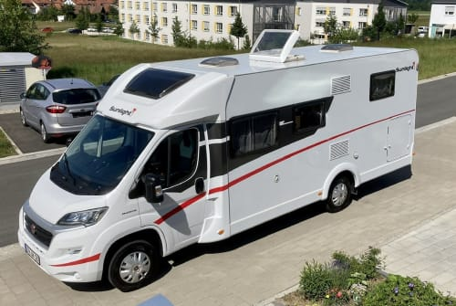 Hire a motorhome in Eckental from private owners  Sunlight  Willi