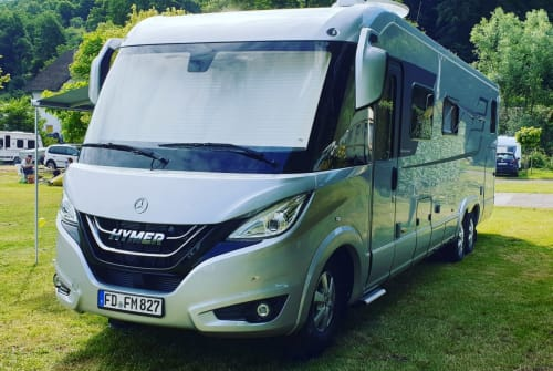 Hire a motorhome in Hünfeld from private owners| Hymer HYMER BML I 880