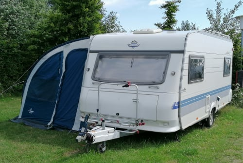 Hire a motorhome in Bollingstedt from private owners| Hobby Pauline