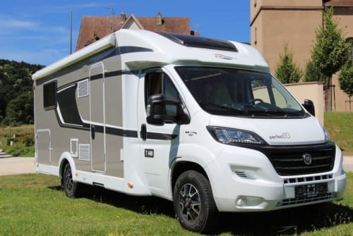 Hire a motorhome in Enschede from private owners| CARADO (HYMER) LUXE CARADO