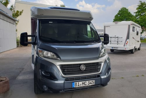 Hire a motorhome in Bielefeld from private owners| Hobby MC- ohne Chemie
