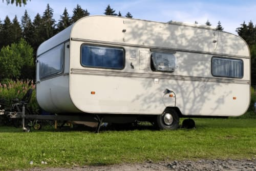 Hire a motorhome in Bad Kleinen from private owners| Knaus Wohni 2.1