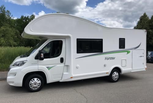 Hire a motorhome in Deizisau from private owners| Forster Neo