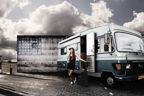 Hire a motorhome in Alphen from private owners| Daimler Benz Kiki