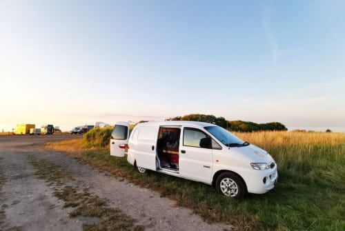 Hire a motorhome in Bernburg from private owners| Hyundai way to luck