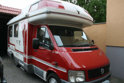Hire a motorhome in Potsdam from private owners| VW  Schröder