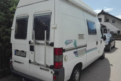 Hire a motorhome in Vilgertshofen from private owners| Peugeot J5 Pössele+Ebikes