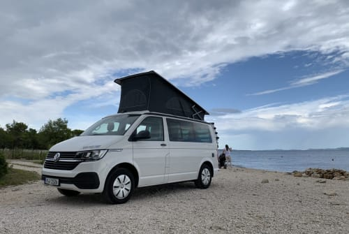 Hire a motorhome in München from private owners| VW Hostel