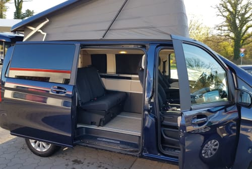 Hire a motorhome in Preetz from private owners| Mercedes-Benz V Klasse Ole