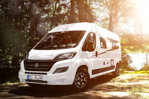 Hire a motorhome in Velden from private owners| Carado VLOW 600 All in