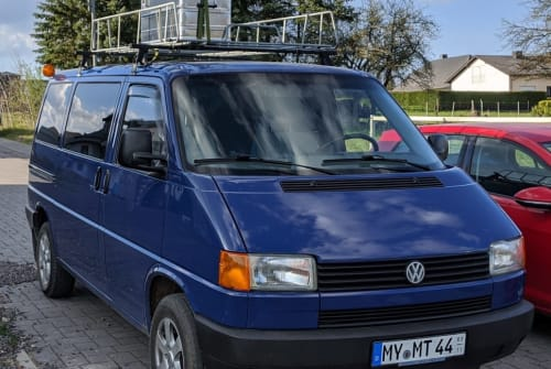 Hire a motorhome in Nachtsheim from private owners| VW Jupp
