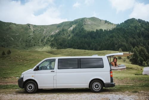 Hire a motorhome in Frankfurt am Main from private owners| VW Max