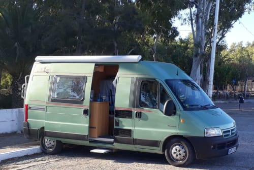 Hire a motorhome in Huglfing from private owners  Citroen Jumper Lola