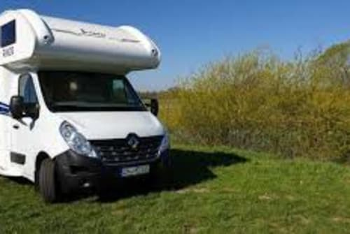 Hire a motorhome in Meißen from private owners| Rimor Katamarano