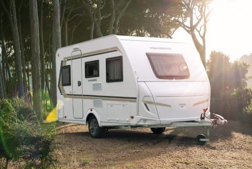 Hire a motorhome in Engelskirchen from private owners| Weinsberg  Cora Holiday