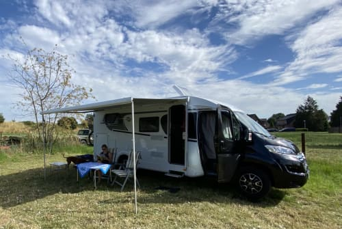 Hire a motorhome in Wardenburg from private owners| Carado Citroën  Urmel
