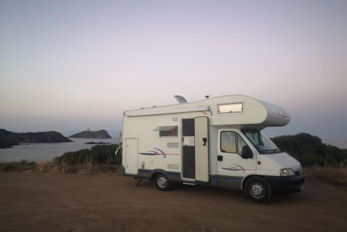 Hire a motorhome in Dresden from private owners  Challenger Gulliver