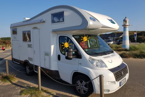 Hire a motorhome in Nörvenich from private owners| Fiat Kolumbus