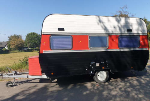 Hire a motorhome in Nümbrecht from private owners| Corsar Wohnwagenbau  Hippie Happy