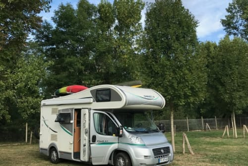 Hire a motorhome in Freiburg im Breisgau from private owners| Peugeot Ducato Paulchen