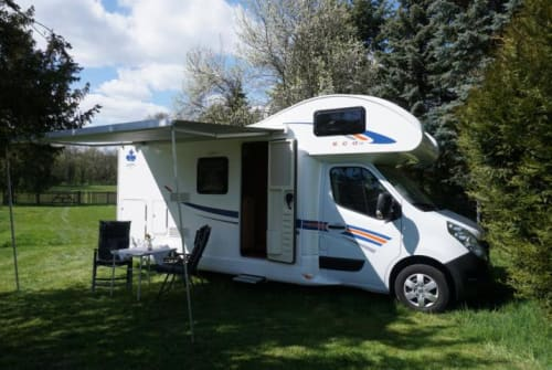 Hire a motorhome in Ilmenau from private owners| Ahorn Fritz