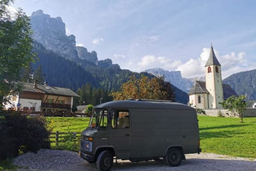 Hire a motorhome in Baambrugge from private owners| Mercedes Groene Gast