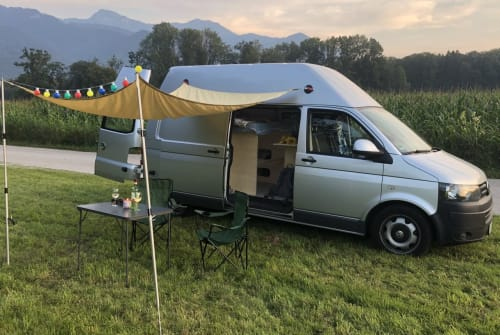 Hire a motorhome in Übersee from private owners| Volkswagen Resal