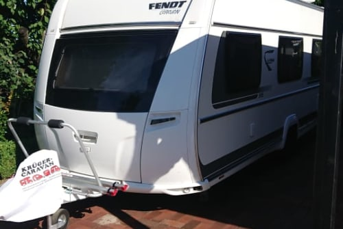 Hire a motorhome in Vechta from private owners| Fendt Family Fendt