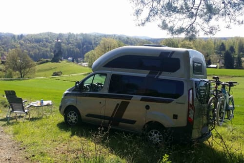 Hire a motorhome in Erlangen from private owners| Ford Paulchen