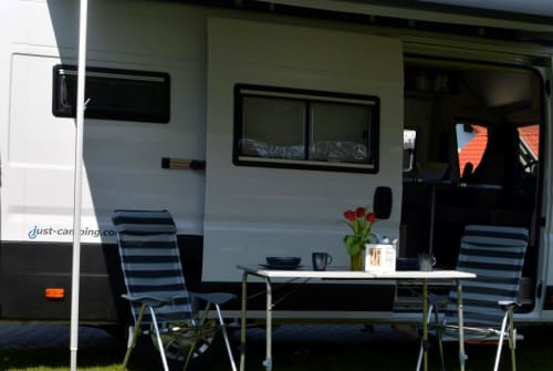 Hire a motorhome in Goldkronach from private owners| Fiat JC-3001