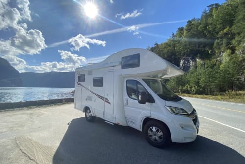 Hire a motorhome in Göttingen from private owners| PLA Eddy