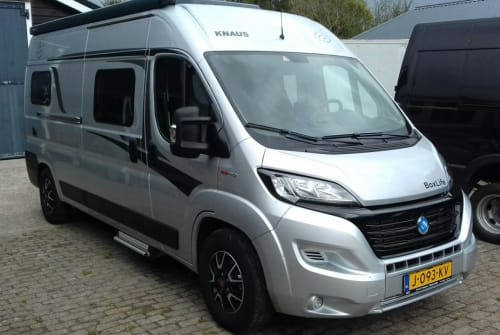 Hire a motorhome in De Waal from private owners| Fiat Knaus BoxLife 600 ME Knaus Buscamper